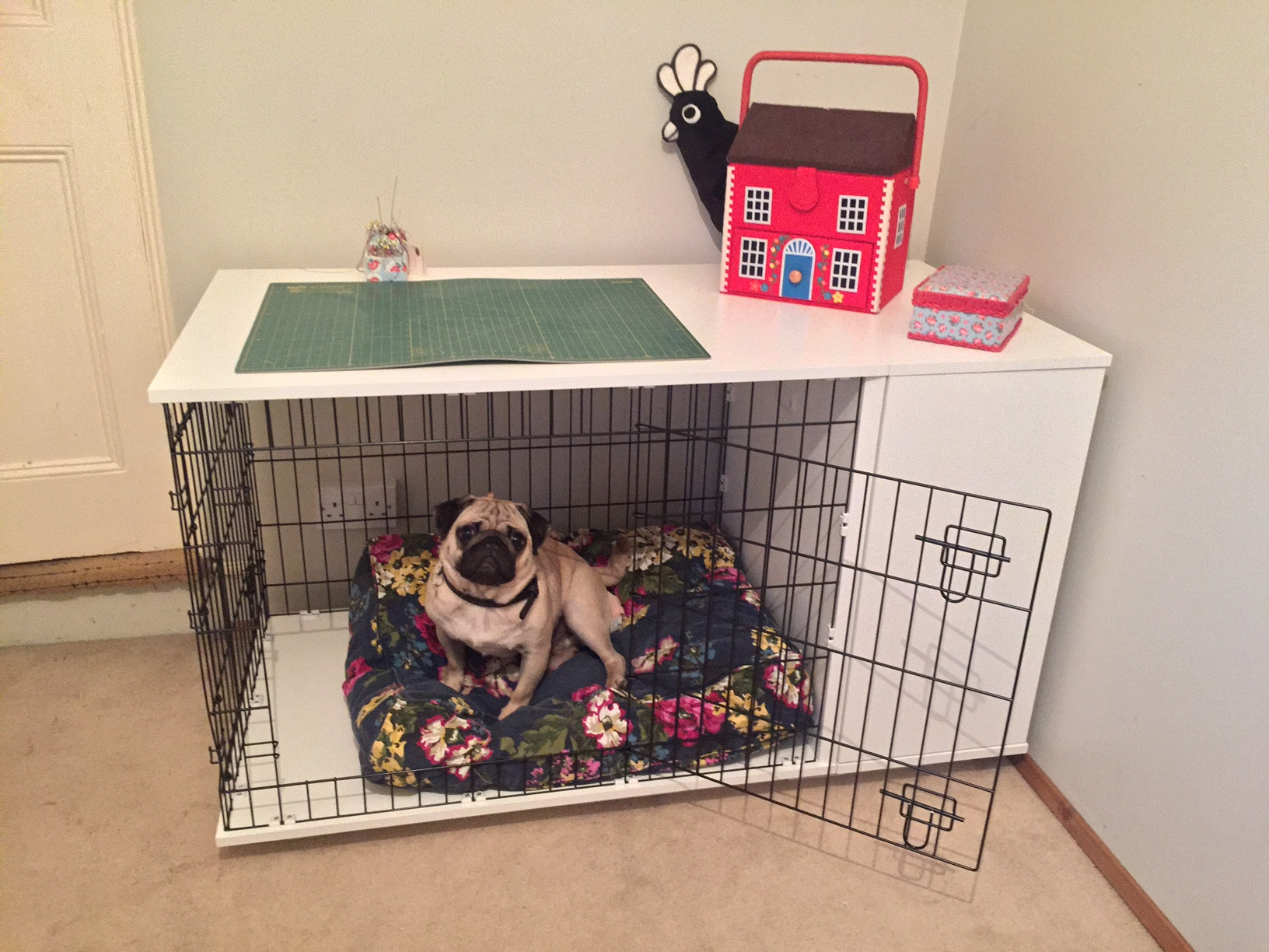 Niche d int rieur pour chiens fido studio chiens omlet - Niche d interieur pour chien ...